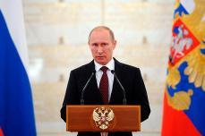 3. Ryssland och president Vladimir PutinÖverraskaren... men väl förtjänt: Ständiga beredskapskontroller och granskningar, som hållit den militära ledningen på sin vakt (och troligen även borta från korruption); tuffa beslut om att driva genom det militära beväpningsprogrammet GPV 2020 med hög måluppfyllnad; skaffande av två landstigningsfartyg i Mistral-klassen i tidtabell, utan att ge vika för det egna militärindustriella komplexet; och uppvisandet av muskler utanför egna och tätt intill andras gränser med utrustning som vi senast sett när Clancy skrev militärporr, sätter Ryssland på en stark tredje plats. När FOI i sin färska rapport ännu bekräftar den militärt sett positiva utvecklingen i ett tio års perspektiv, så får man faktiskt ta hatten av och buga för grannen. Med starkt centralstyre och tydlig vilja att verkställa, så får priset rättvist emottas av statsöverhuvudet. Det hela känns ju farligt och hotfullt, men på ett lite spännande sätt. Foto: Alexei Druzhinin/Presidential Press Service/RIA Novosti/AP/CSMonitor.